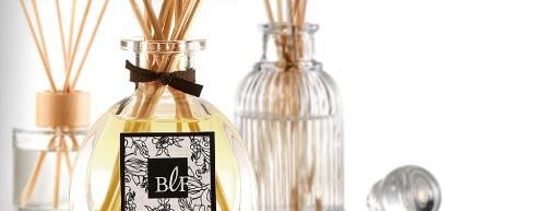 diffuseur de parfum pour la maison annuaire boutiques en ligne. Black Bedroom Furniture Sets. Home Design Ideas